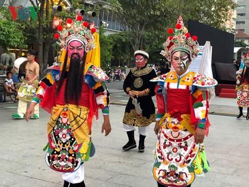 В Хошимине открылся первый фестиваль искусства вьетнамского кукольного театра на воде - ảnh 1