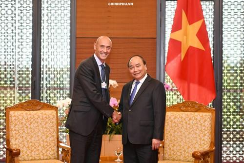 Премьер Вьетнама Нгуен Суан Фук принял президента по операциям Google в АТР - ảnh 1