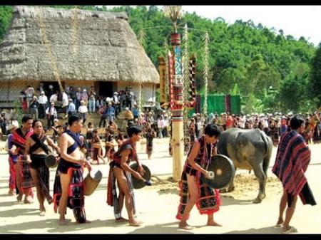 Авторитет старейшин народности Бана на плато Тэйнгуен - ảnh 1