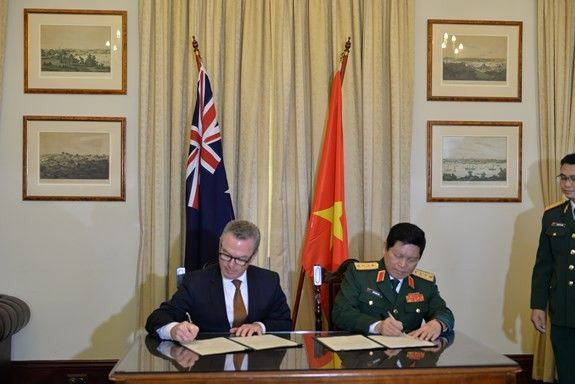 Вьетнам и Австралия подписали Заявление об общем видении по оборонному сотрудничеству - ảnh 1