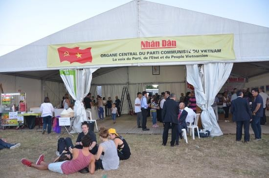 越南参加第86次法国《人道报》节 - ảnh 1