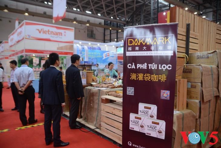 越南品牌在第13届东博会上广受欢迎 - ảnh 2