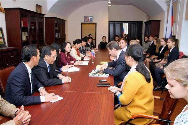 越共中央民运部部长张氏梅对俄联邦圣彼得堡进行访问 - ảnh 1