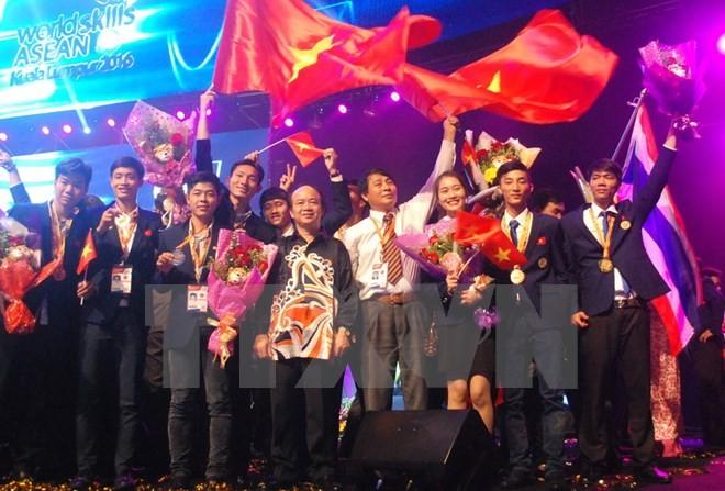 越南在第11届东盟职业技能大赛上位居团体第三 - ảnh 1