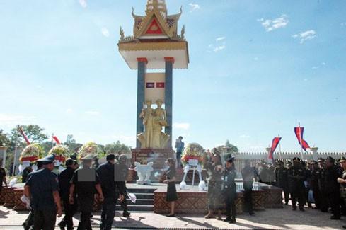 胡志明市举行纪念越南西南边界保卫战胜利38周年见面会 - ảnh 1