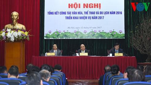 阮春福:旅游要成为越南的拳头产业 - ảnh 1