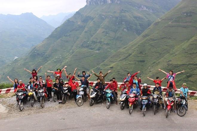 背包旅游——越南年轻人的旅游热潮 - ảnh 2