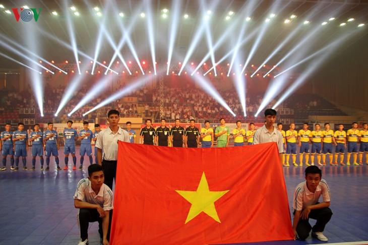 2017年越南室内五人制足球锦标赛决赛圈正式开赛 - ảnh 1
