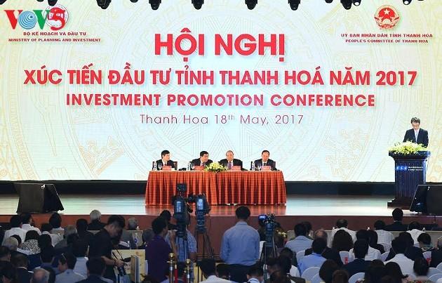 阮春福表示:清化省可以成为引进投资的模范省份 - ảnh 1