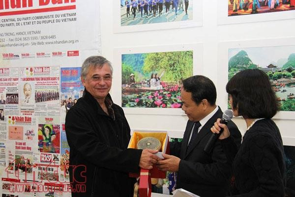 阮富仲访问法国有助于加强两国合作 - ảnh 1