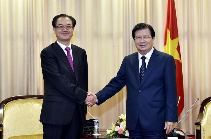 越南政府重视越中各地互利合作 - ảnh 1