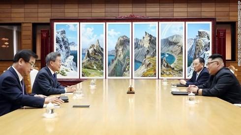 韩国总统文在寅通报与朝鲜领导人金正恩的会晤结果 - ảnh 1