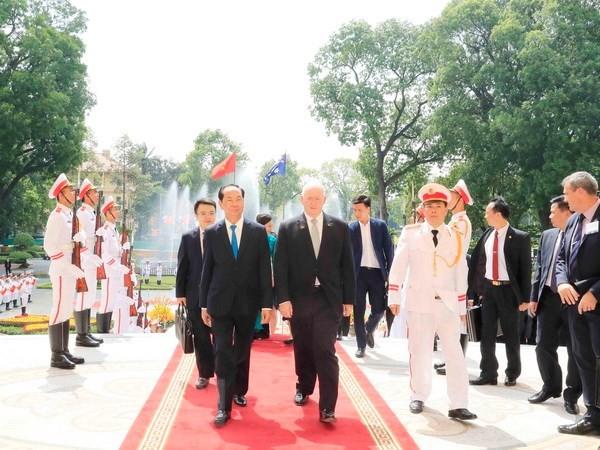 澳大利亚总督科斯格罗夫圆满结束对越南的国事访问 - ảnh 1