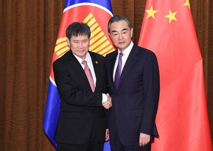 中国与东盟面向建立更为紧密的命运共同体 - ảnh 1