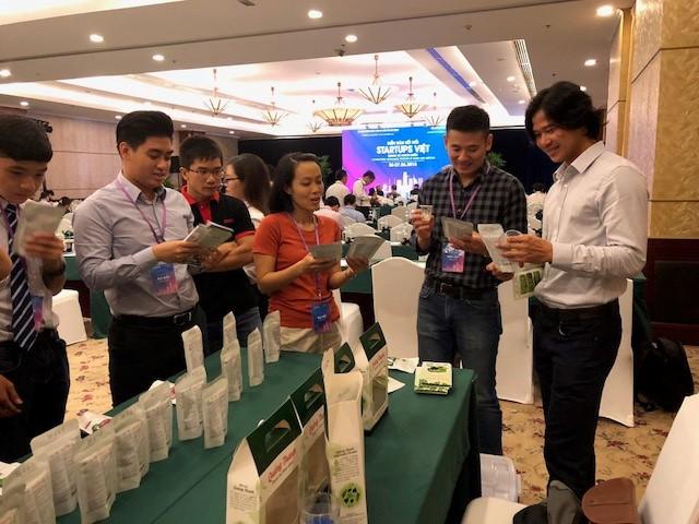 国内外越南创业公司对接论坛闭幕 - ảnh 1