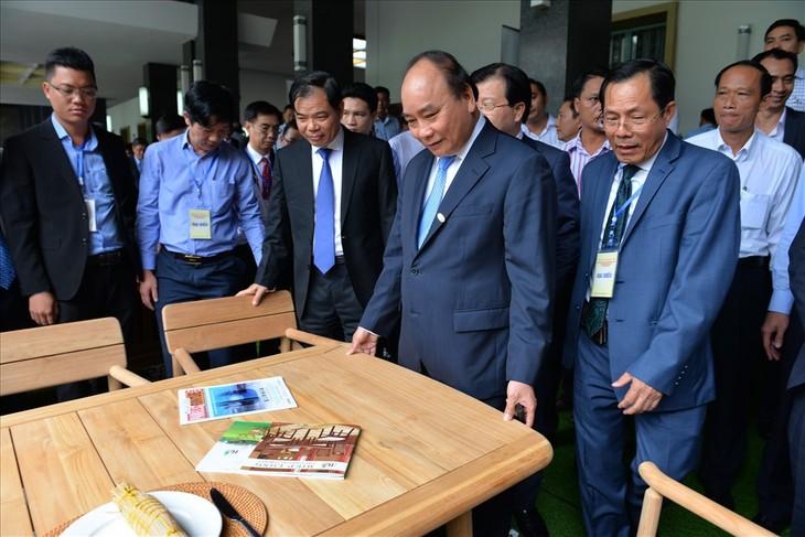 越南木器加工和林产业要成为国家生产与出口活动拳头产业 - ảnh 1
