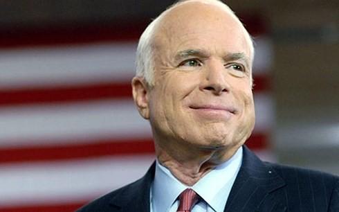 美国及各国政要对麦凯恩逝世表示慰问 - ảnh 1