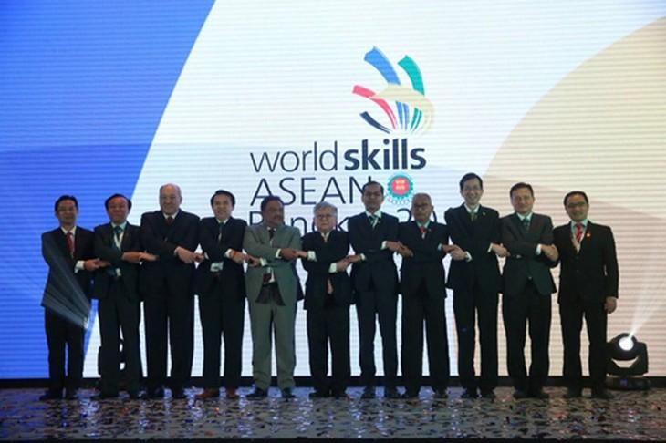 2018年第12届东盟职业技能大赛在泰国开幕 - ảnh 1