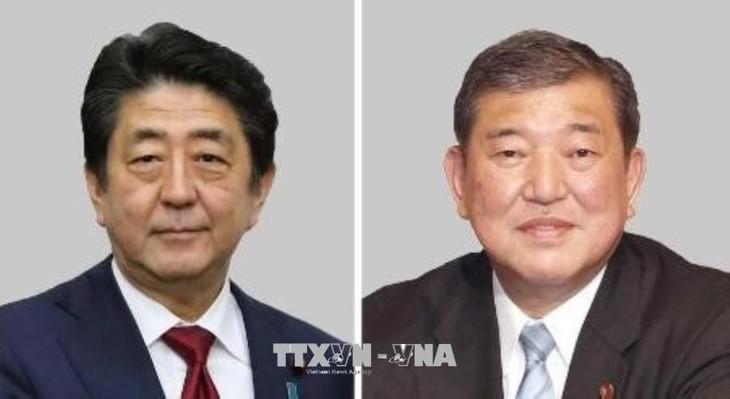 日本:自由民主党党首选举前夕安倍晋三首相的支持率高企 - ảnh 1