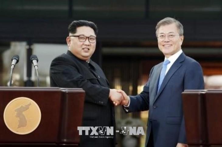 韩朝两国领导人对第二次美朝首脑会晤表示乐观 - ảnh 1