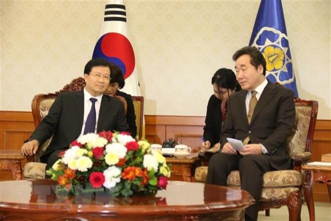 越南政府副总理郑庭勇访问韩国 - ảnh 1