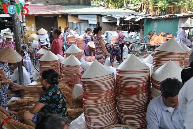 越南朝着一个乡坊一种产品方向发展手工艺村拳头产品 - ảnh 2