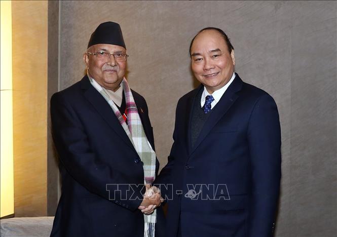 越南政府总理阮春福会见尼泊尔总理奥利 - ảnh 1