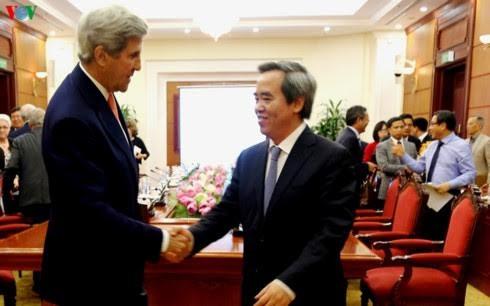 សកម្មភាពរបស់អតីតរដ្ឋមន្ត្រីការបរទេសអាមេរិក លោក John Kerry នៅវៀតណាម - ảnh 1