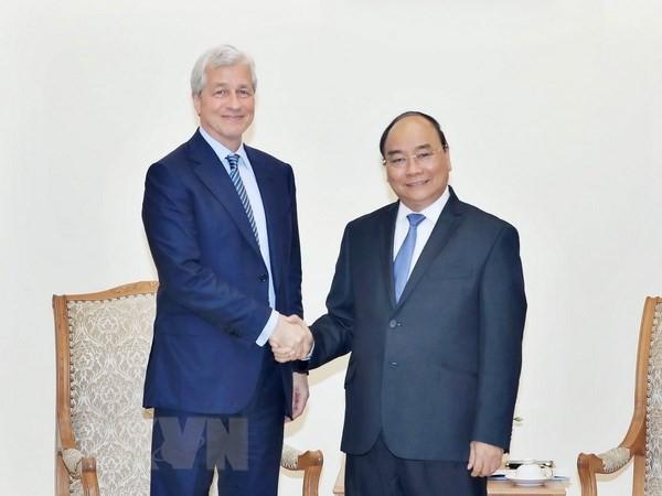 នាយករដ្ឋមន្រ្តីលោក Nguyen Xuan Phuc ទទួលជួបប្រធានសម្ព័ន្ធក្រុមហ៊ុន JP Morgan  - ảnh 1