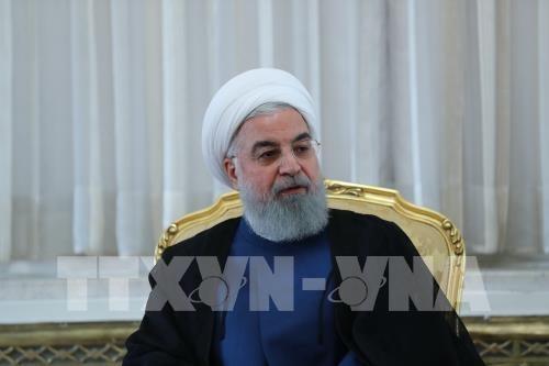 ប្រធានាធិបតីអ៊ីរ៉ង់ Hassan Rouhani អះអាងថាអ៊ីរ៉ង់នឹងឆ្លងផុតរាល់វិធាន ការដាក់ទណ្ឌកម្មថ្មីរបស់អាមេរិក - ảnh 1