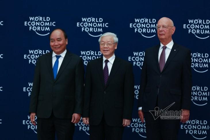 ពិធីទទួលបដិសណ្ឋារកិច្ចជាផ្លូវការថ្នាក់ដឹកនាំ ប្រធានគណៈប្រតិភូនានា អញ្ជើញ មកចូលរួមសន្និសីទ WEF ASEAN 2018 - ảnh 1