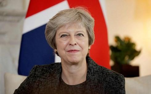 នាយករដ្ឋមន្ត្រីអង់គ្លេស លោកស្រី Theresa May ការពារផែនការ Brexit ដោយ មិនអើពើពីគំនៀបផ្ទៃក្នុង - ảnh 1