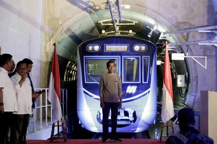 រថភ្លើងក្រោមដី MRT ដោះស្រាយបញ្ហាកកស្ទះចរាចរណ៍នៅទីក្រុង Jakarta - ảnh 1