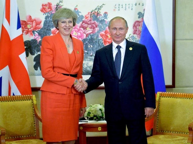 ប្រធានាធិបតីរុស្ស៊ី លោក V.Putin និងនាយករដ្ឋមន្ត្រីអង់គ្លេសជួបពិភាក្សាគ្នានៅខាងក្រៅកិច្ចប្រជុំកំពូល G20 - ảnh 1