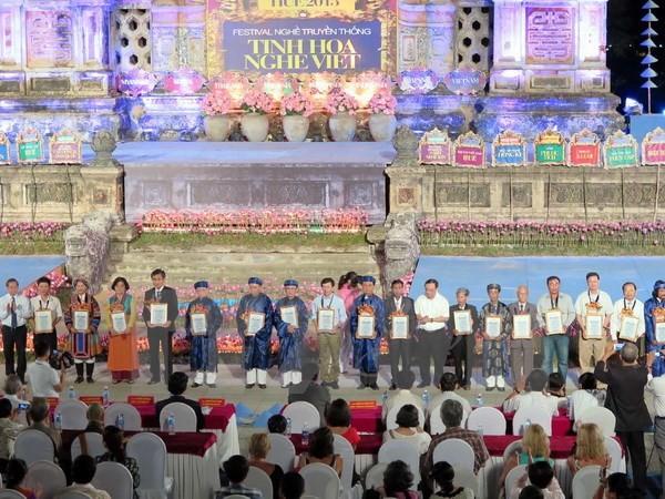 Bế mạc Festival nghề truyền thống Huế 2015 - ảnh 1