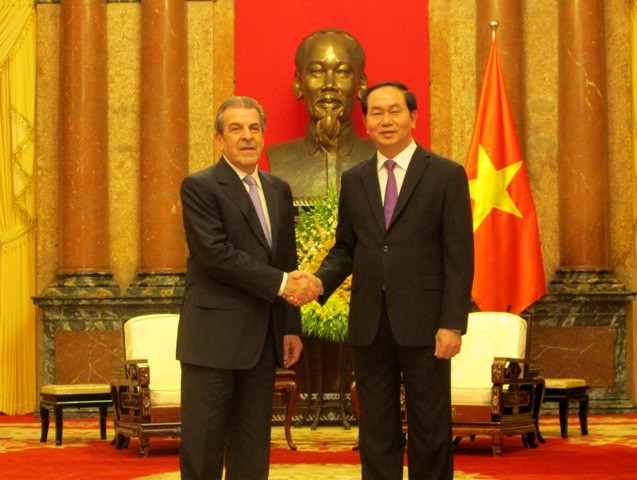 Chủ tịch nước Trần Đại Quang tiếp cựu Tổng thống Chile Eduardo Frei Ruiz-Tagle - ảnh 1