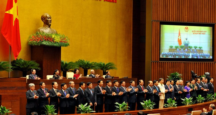 Quốc hội phê chuẩn bổ nhiệm các thành viên Chính phủ  - ảnh 1
