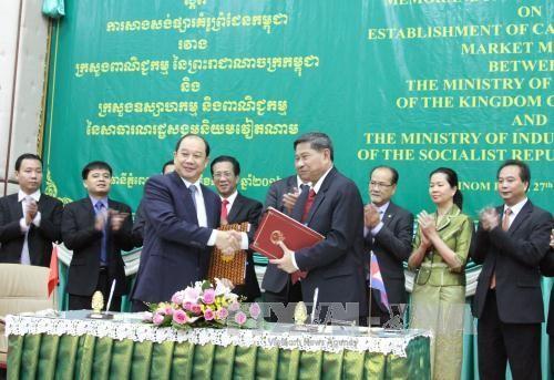 """Việt Nam và Campuchia sắp triển khai dự án """"Chợ kiểu mẫu biên giới Campuchia""""  - ảnh 1"""