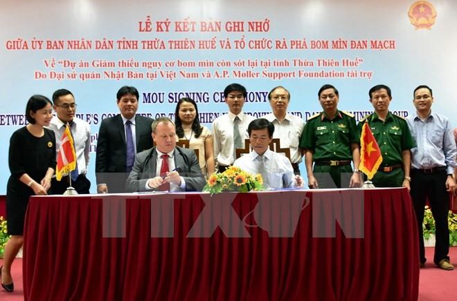 """Hỗ trợ 1,2 triệu USD cho dự án """"Giảm thiểu nguy cơ bom mìn còn sót lại tại tỉnh Thừa Thiên - Huế"""" - ảnh 1"""