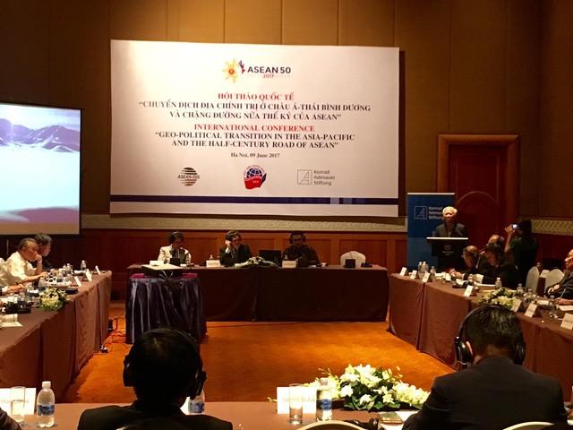 """Hội thảo quốc tế """"Chuyển dịch địa chính trị ở châu Á-Thái Bình Dương và chặng đường nửa thế kỷ ASEAN - ảnh 1"""