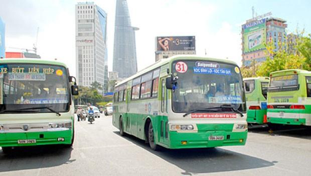 Từ đầu năm đến nay, lượng hành khách đi xe buýt trên địa bàn thành phố Hồ Chí Minh tăng cao - ảnh 1