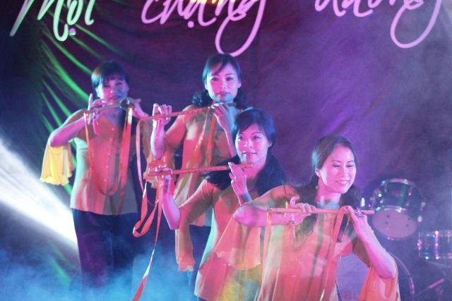 Kỷ niệm 10 năm ngày thành lập Hội văn hóa Việt Nam tại thành phố Ausburg, CHLB Đức - ảnh 4