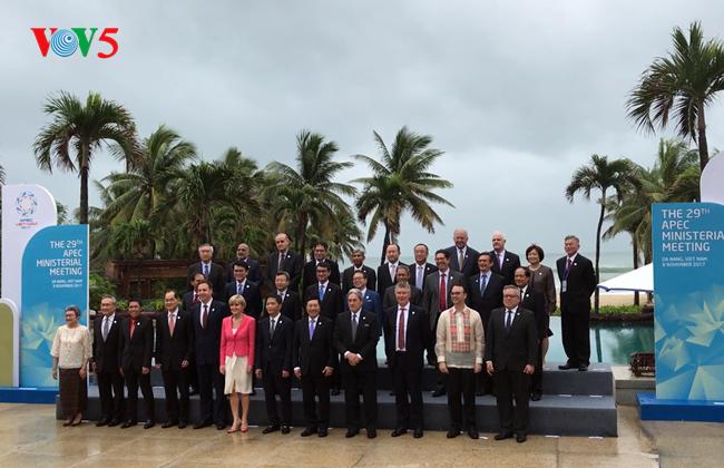 Các đại biểu APEC đánh giá cao vai trò của nước chủ nhà Việt Nam - ảnh 1