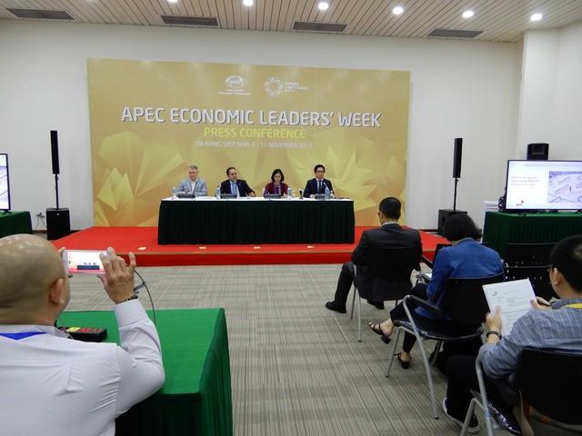 Khu vực châu Á - Thái Bình Dương gắn kết chặt chẽ hơn về kinh tế, bất chấp mâu thuẫn thương mại - ảnh 1