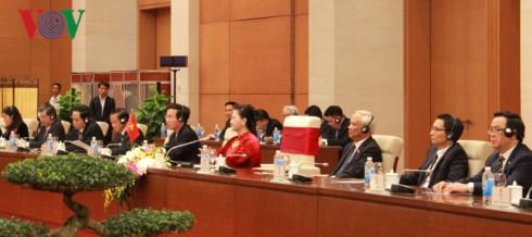 Chủ tịch Quốc hội Nguyễn Thị Kim Ngân hội kiến với Tổng Bí thư, Chủ tịch Trung Quốc Tập Cận Bình - ảnh 2