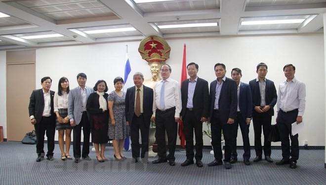 Bí thư Thành ủy Thành phố Hồ Chí Minh Nguyễn Thiện Nhân thăm Đại sứ quán Việt Nam tại Israel - ảnh 1