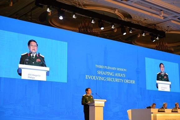 Đối thoại Shangri-La 2018: Việt Nam khẳng định tự chủ và hợp tác, tuân thủ luật pháp quốc tế - ảnh 1