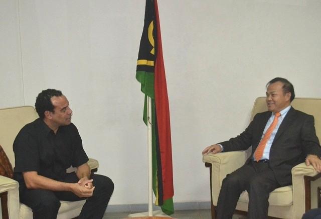 Thứ trưởng Bộ Ngoại giao Vũ Hồng Nam thăm, làm việc tại Vanuatu - ảnh 2