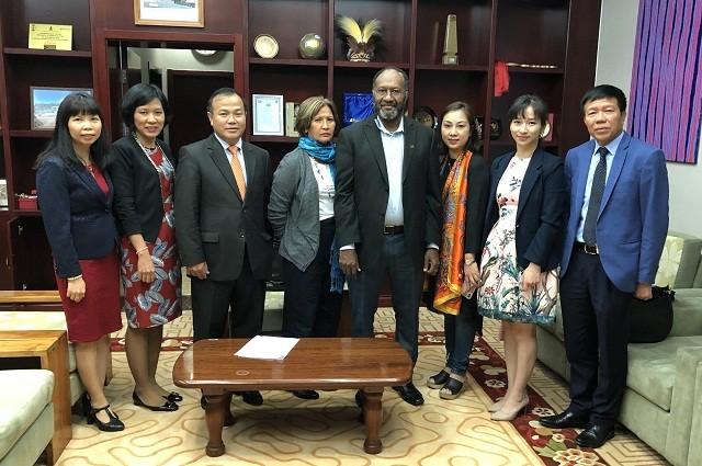 Thứ trưởng Bộ Ngoại giao Vũ Hồng Nam thăm, làm việc tại Vanuatu - ảnh 1