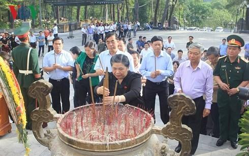 Phó Chủ tịch thường trực Quốc hội Tòng Thị Phóng làm việc với tỉnh Quảng Trị - ảnh 1